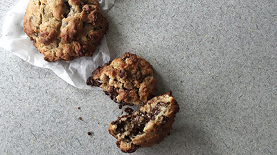 Chocolate chip walnut cookie from Levain