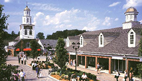 Street view of Woodbury Common Premium Outlets